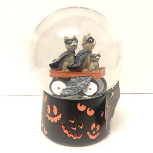 Broomstick Blvd Accents - Halloween Cats Snowglobe Musical Waterglobe NEW